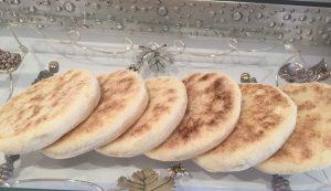 طريقة عمل الخبز في البيت